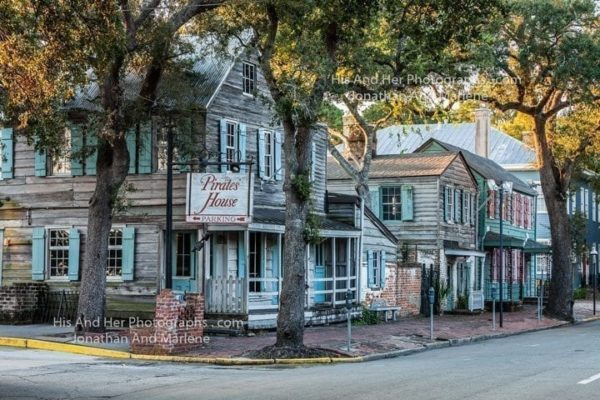 Savannah Collection Photo - Pirates House Restaurant #Sav72
